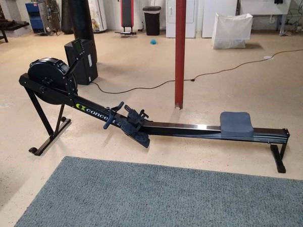 Photo Concept 2 indoor rower - $700 (Girard)