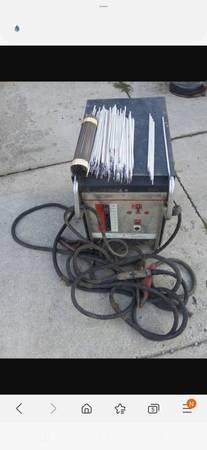 Photo Craftsman ac 220 stick welder 150 firm - $150 (Erie an surrounding)