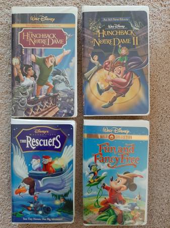 Photo Disney VHS tapes for kids - $1 (Harborcreek by Clark Fields)