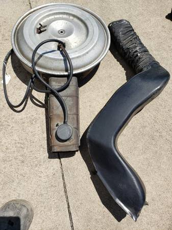 Photo Ford air cleaner F100 79 Ford 302 - $20 (Erie)