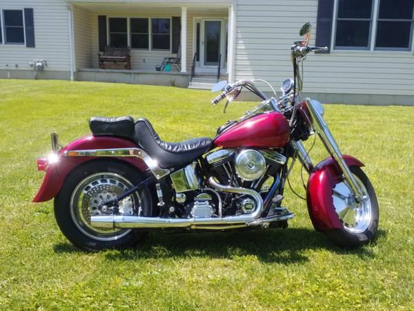 Photo Harley Davison Fatboy - $7,500 (Alden)