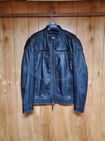 Photo Mens Harley motorcycle jacket - $225 (Fairview)