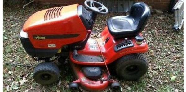 Photo Moving 48quot Ariens riding mower - $150