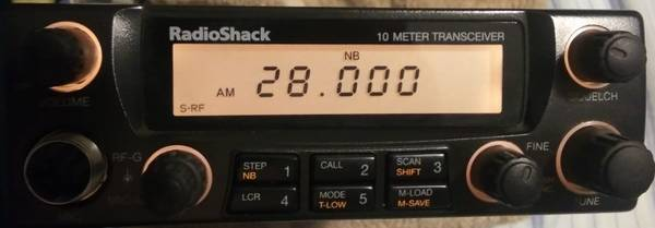 Photo Radio Shack HTX-10 All Mode Transceiver 10 Meter Ham Radio AM FM CB - $75 (erie)