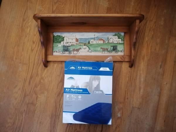 Photo Shelf  Twin Air Mattress - $10 (Erie, PA)