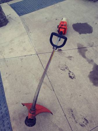 Photo Sthil weed eater 50 firm - $50 (Erie)