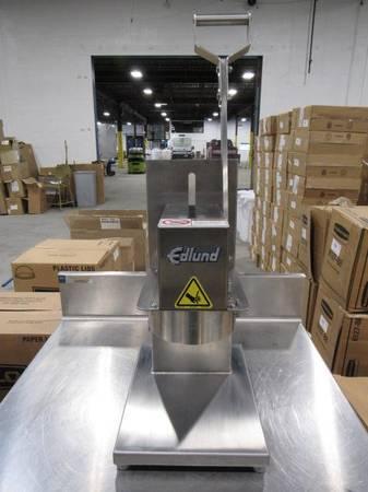 Photo T  M 3 Restaurant Equipment Auction (Cleveland)