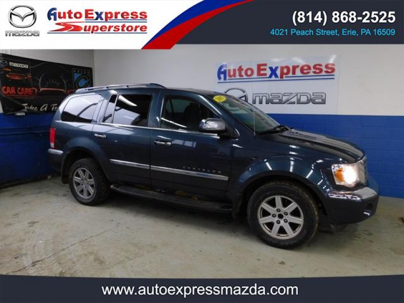Photo Used 2007 Chrysler Aspen AWD Limited for sale