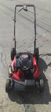 Photo Yard machines 5 hp self drive lawnmower 100 firm - $100 (Erie)