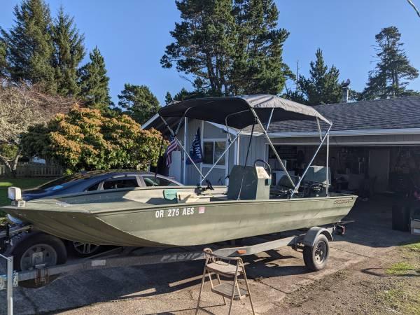 Photo 18 foot aluminum jet boat Crestliner all welded $6500obo - $6,500 (Lane county)