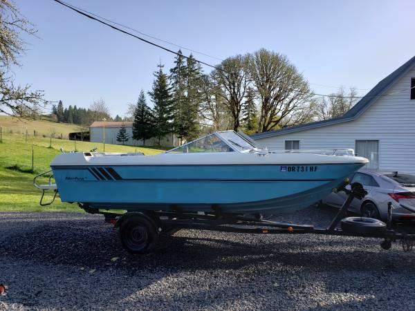 Photo 1975 fiberform tri hull 1739 boat - $3,000 (Sweet Home)