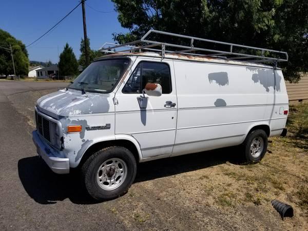 Photo 1988 GMC Vandura 3500 hd - $2000 (Springfield)