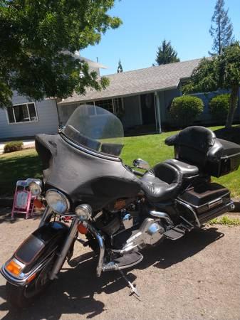 Photo 2003 Harley Davidson Electra glide - $7,000 (Eugene)
