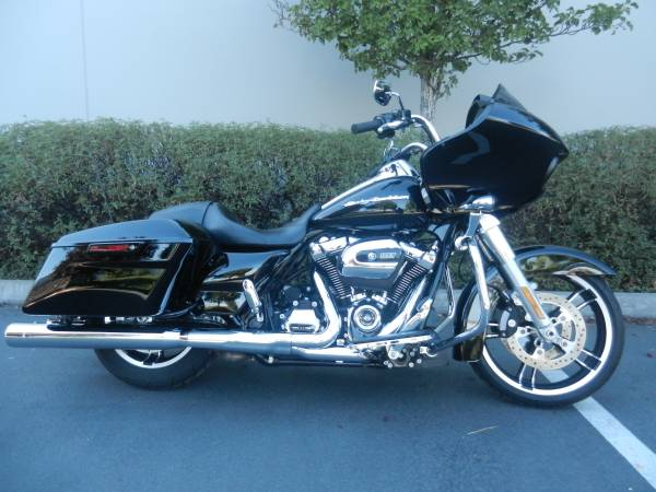 Photo 201739 Harley-Davidson Road Glide FLTRX 10739 ABS39 Security39 Vivid Black - $16,898 (Lifestyles Motorsports  Pacific)