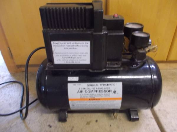 Photo 2 Gallon Central Pneumatic Oilless 100 PSI Air Compressor With Handle - $45 (Eugene)