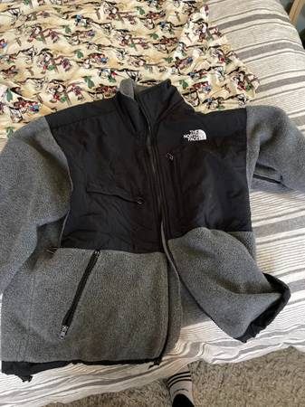 Photo Adidas and north face - $25 (Creswell)