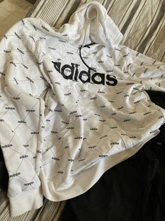 Photo Adidas, north face and gap clothes - $25 (Creswell)