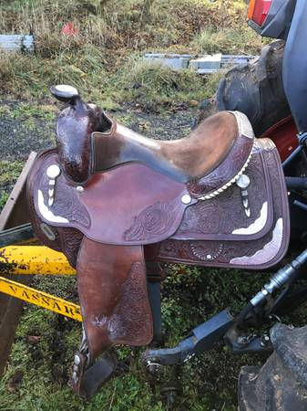 Photo Circle Y Saddle for Sale 15quot - $849 (Cottage Grove)