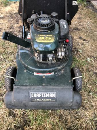 Photo Craftsman yard Vacuum - $200 (Eugene)