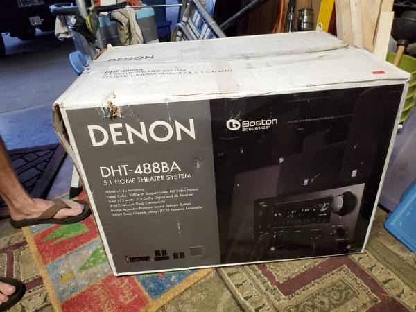 Photo DenonBoston Acoustics theater system - $200 (Eugene)