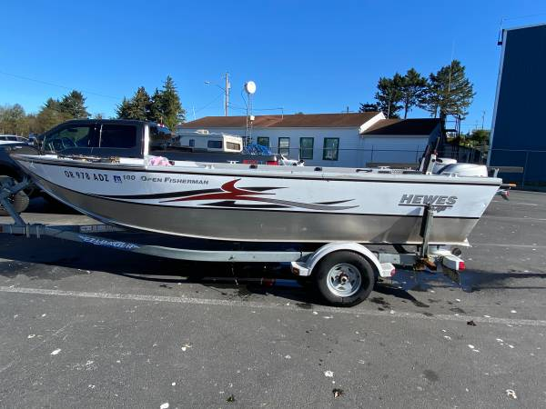 Photo Hewes Craft 180 Open Fisherman - $20,000 (Cottage Grove)