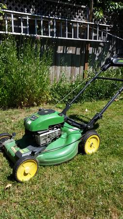 Photo John deer lawn mower - $80 (Eugene)