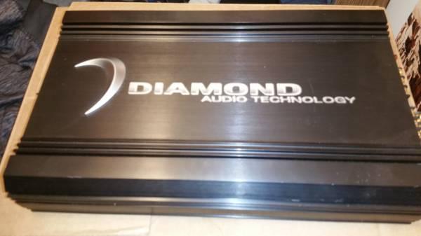 Photo LIKE-NEW-RARE-OLD-SCHOOL (USA MADE) DIAMOND AUDIO D3 400.4 CAR AMP - $200 (Springfield)