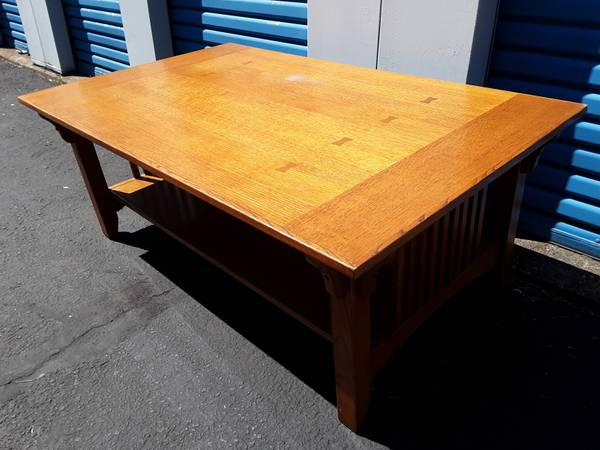 Photo Large Mission Style Coffee Table - $145 (Springfield)