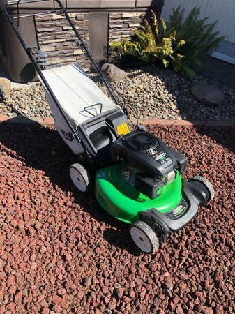 Photo Lawn boy self propel mower - $220 (Creswell)