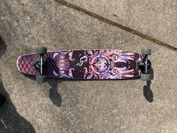 Photo Longboard, Never Summer Norad - $50 (Eugene)