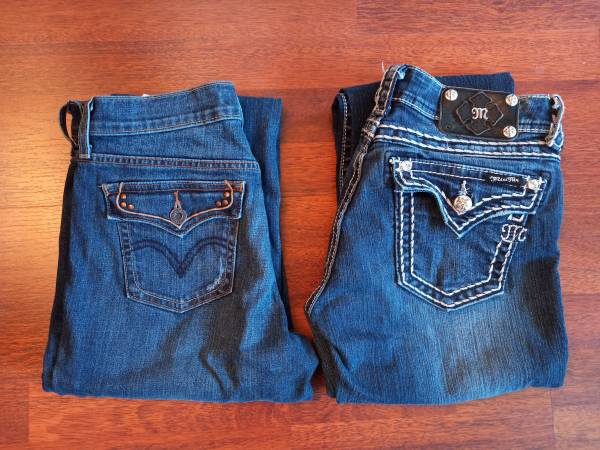 Photo Miss Me and Levis jeans - $45 (Eugene)