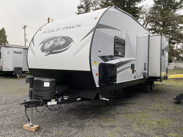 Photo New 2021 Forest River RV Cherokee Wolf Pack 23PACK15 - $44,975 (Creswell, OR Oregon West RV (541-895-3599))