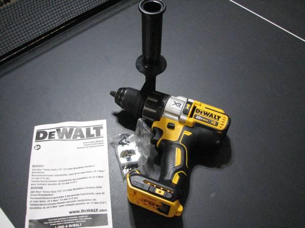 Photo New Dewalt 12quot Brushless XR Hammer Drill 20V Cordless 3 speed DCD996 - $110 (SpringfieldEugene)
