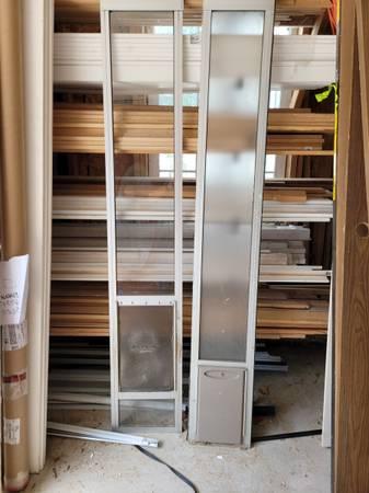 Photo Pet doors for sliding glass doors - $35 (Fern Ridge)