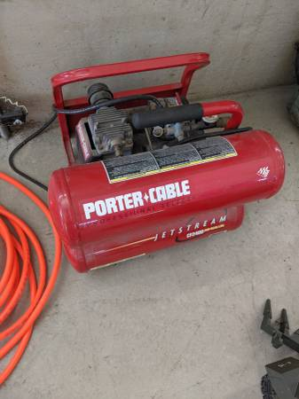 Photo Porter-Cable Portable Air Compressor - $100 (Junction City)