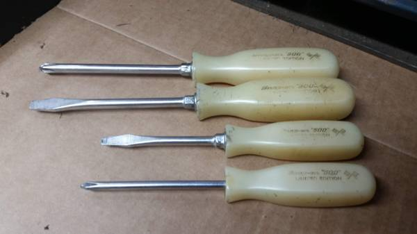 Photo Snap On screwdriver set - $40 (Junction City)