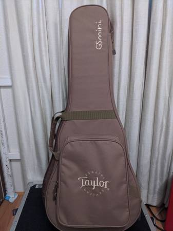 Photo Taylor GS mini-e Koa - $725 (Eugene)
