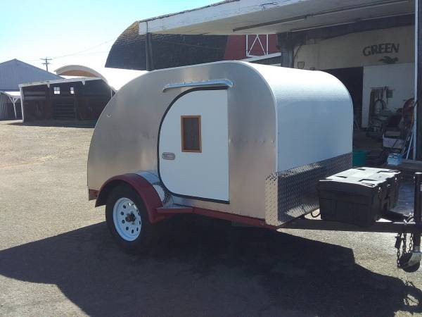 Photo Teardrop Trailer - $5500 (Eugene)