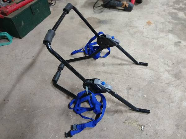 Photo Thule Bike Rack - $30 (CheshireJunction City)