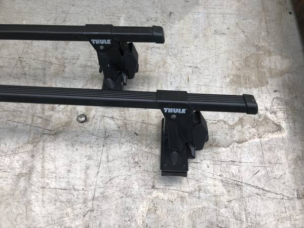 Photo Thule roof rack for 3 series BMW 1992-1998 - $75 (South Eugene)