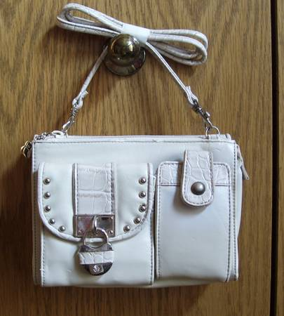 Photo Two Kathy Van Zeeland Bags - $10 (Willaknzie off Coburg Rd)