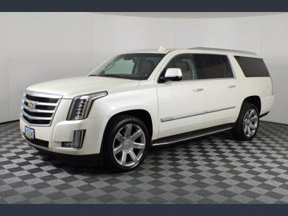Photo Used 2015 Cadillac Escalade ESV 4WD Luxury for sale