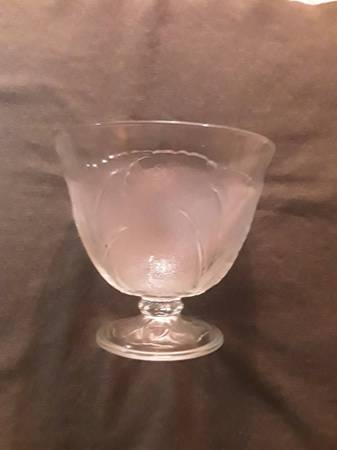 Photo Vintage Punch Bowl - $10 (Eugene)