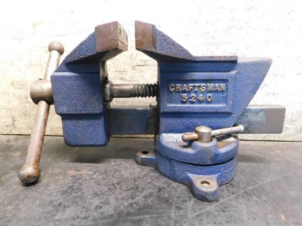 Photo Vise - Craftsman 5240 Bench - $60 (Eugene)