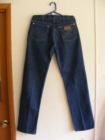 Photo WRANGLER JEANS (NEW) - $15 (SPRINGFIELD)