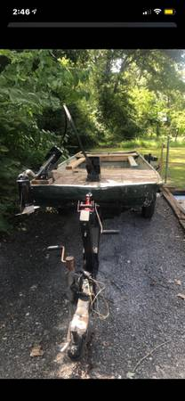 Photo 14 ft jon boat and trailer - $850 (Benton)