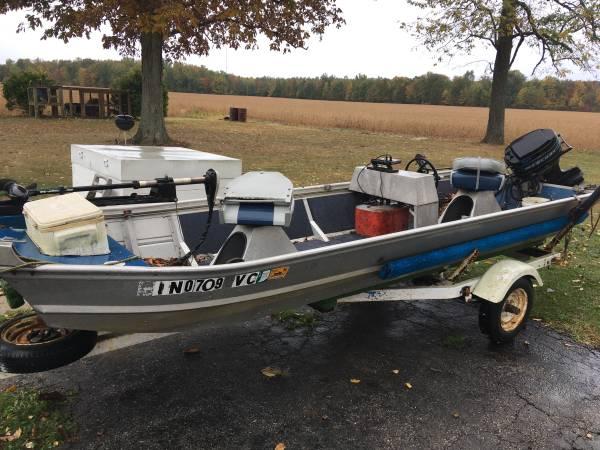 Photo 15ft water rover Jon boat Has steering wheel - $3,000 (Crothersville)