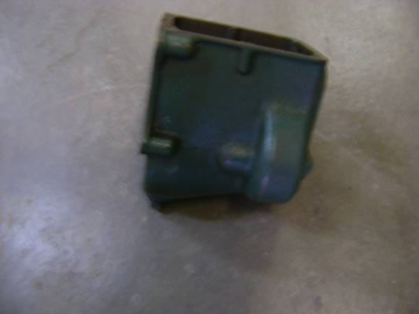Photo 1928 1929 1930 1931 FORD MODEL A TRANSMISSION HOUSING - $5