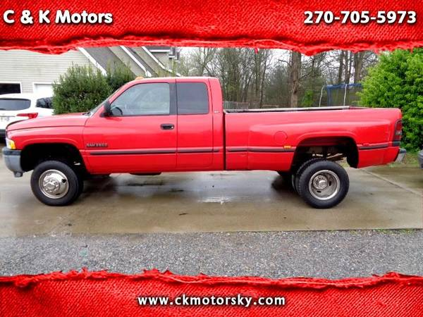 Photo 1999 Dodge Ram 3500 ( Dually ) 5 Speed  4x4  839 Bed - $8500 (Paducah  ckmotorsky.com)