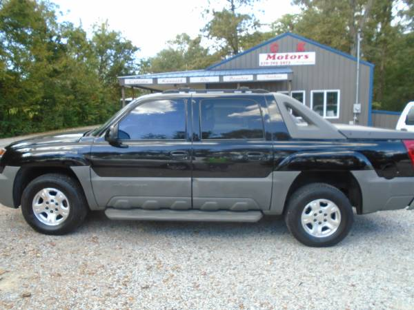 Photo 2002 Chevy Avalanche 4x4  Sunroof  Heated Leather - $5,900 (Paducah  www.ckmotorsky.com)